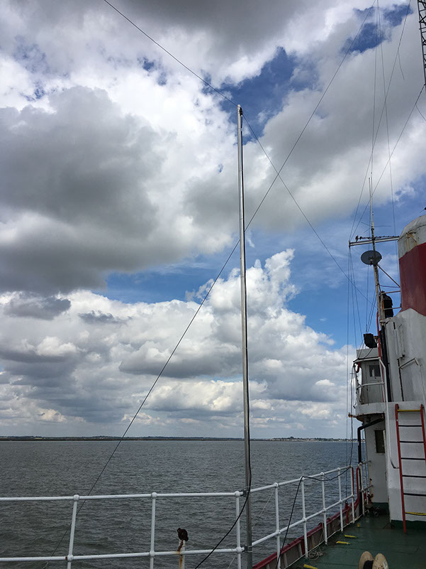 Here you can see the centre of the 40m dipole mounted on the port side of MV Ross Revenge